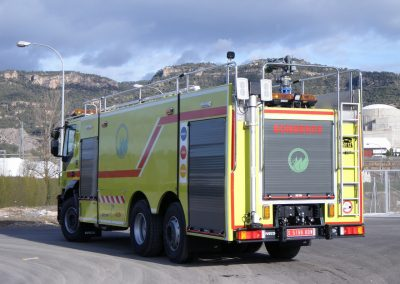 Camion d'intervention incendie