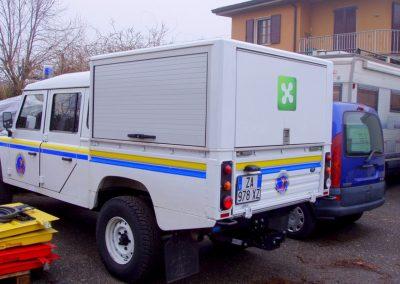 4x4 Protection civile avec rideau + fermeture T2