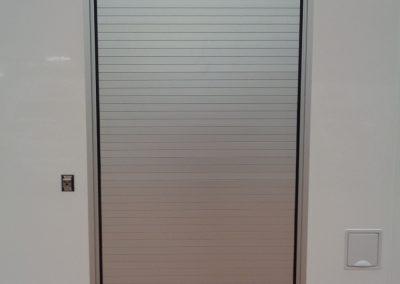 rideau aluminium sur mesure avec barre T4