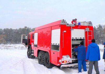 Camion incendie 6 roues avec kit hp et rideaux aluminium anodisés