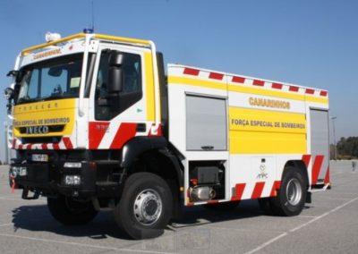Camion protection civil avec rideaux sur mesure à enroulement